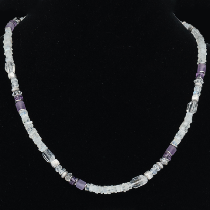 Set weiss violett: Collier, Armband, Ohrhänger